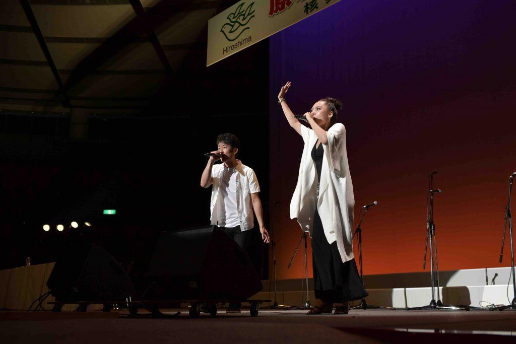 佐々木禎子さん甥で被爆2世の佐々木祐滋さんとレゲエ歌手で被爆3世のMetisのコラボコンサート