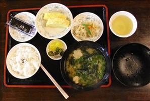breakfast_t.jpg